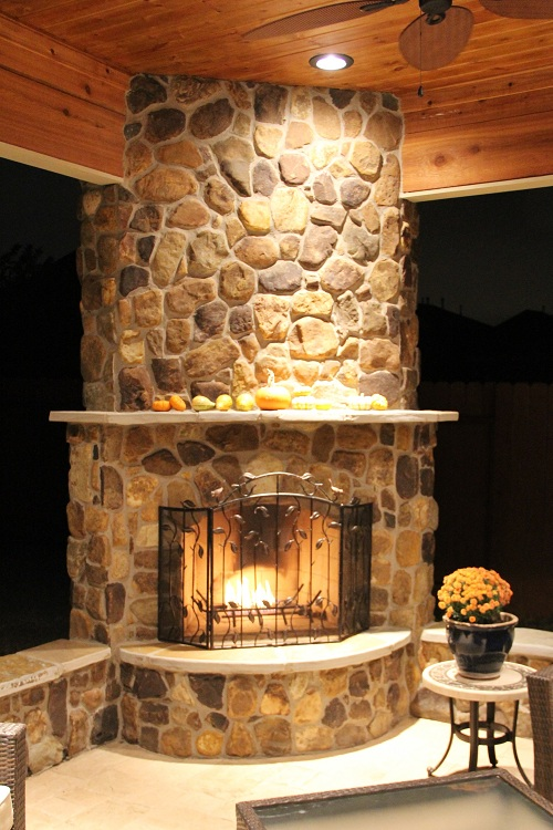How To Create A Year Round Outdoor Living Room Texas Custom Patios