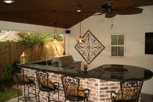 Inviting Outdoor Kitchen